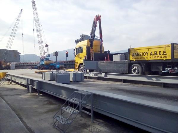 πιστοποίηση γεφυροπλάστιγγας από το τεχνικό τμήμα της Αλεξίου Αβεε στη Μάνδρα Αττικής