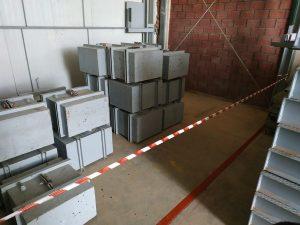 Εξοπλισμός του εργαστηρίου ΑΛΕΞΙΟΥ ΑΒΕΕ με μεμονωμένα πρότυπα κατηγορίας Μ1 από 20kg – 1000kg, παρέχοντας την απαραίτητη αλυσίδα ιχνηλασιμότητας στο διεθνές πρότυπο του kg